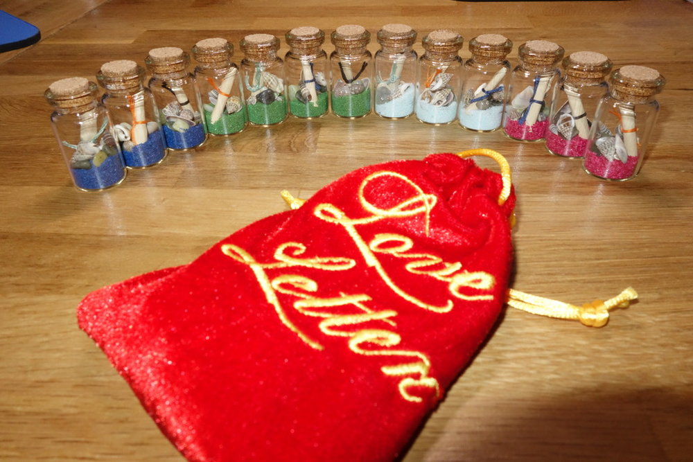 Love_Letter_game_scroll_in_bottle_tokens_001.jpg