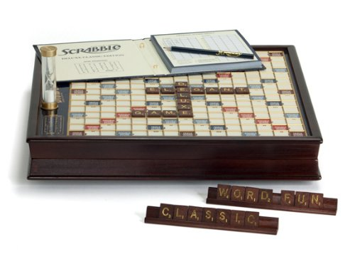 Scrabble_deluxe_rotating_002.jpg