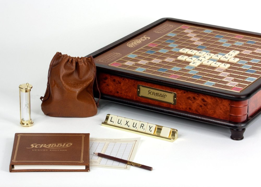 Scrabble_luxury_rotating_004.jpg