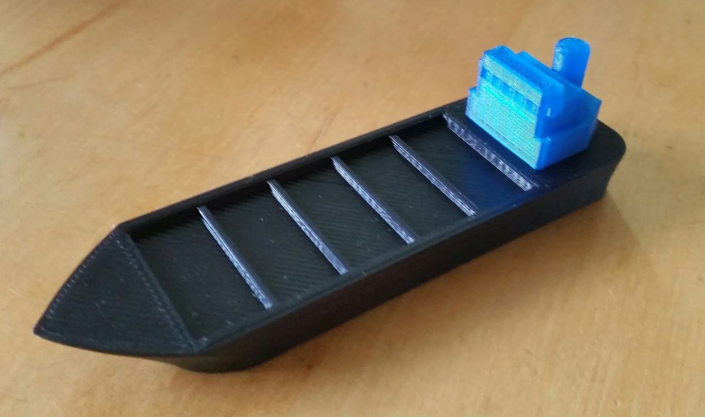 container_board_game_3d_print_001.jpg