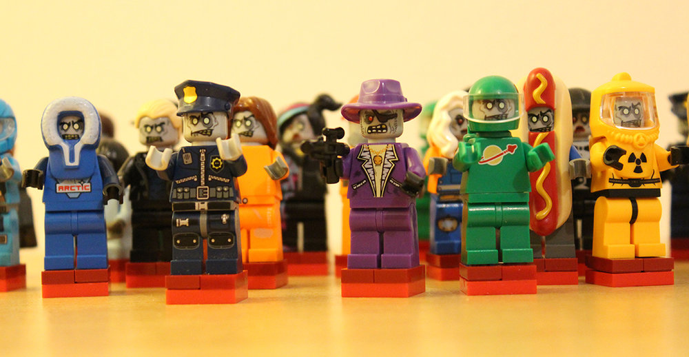 Dead_of_Winter_board_game_figures_in_lego_006.jpg