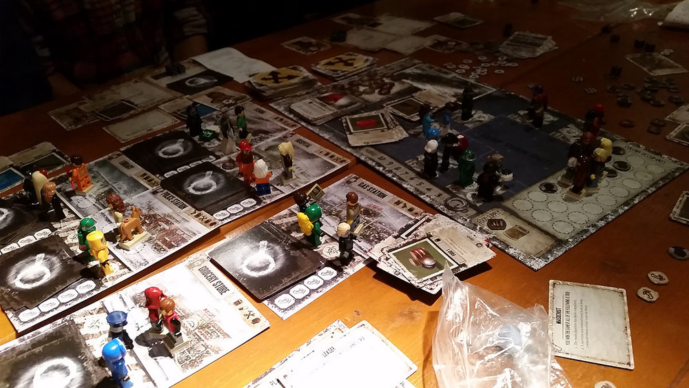 Dead_of_Winter_board_game_figures_in_lego_008.jpg