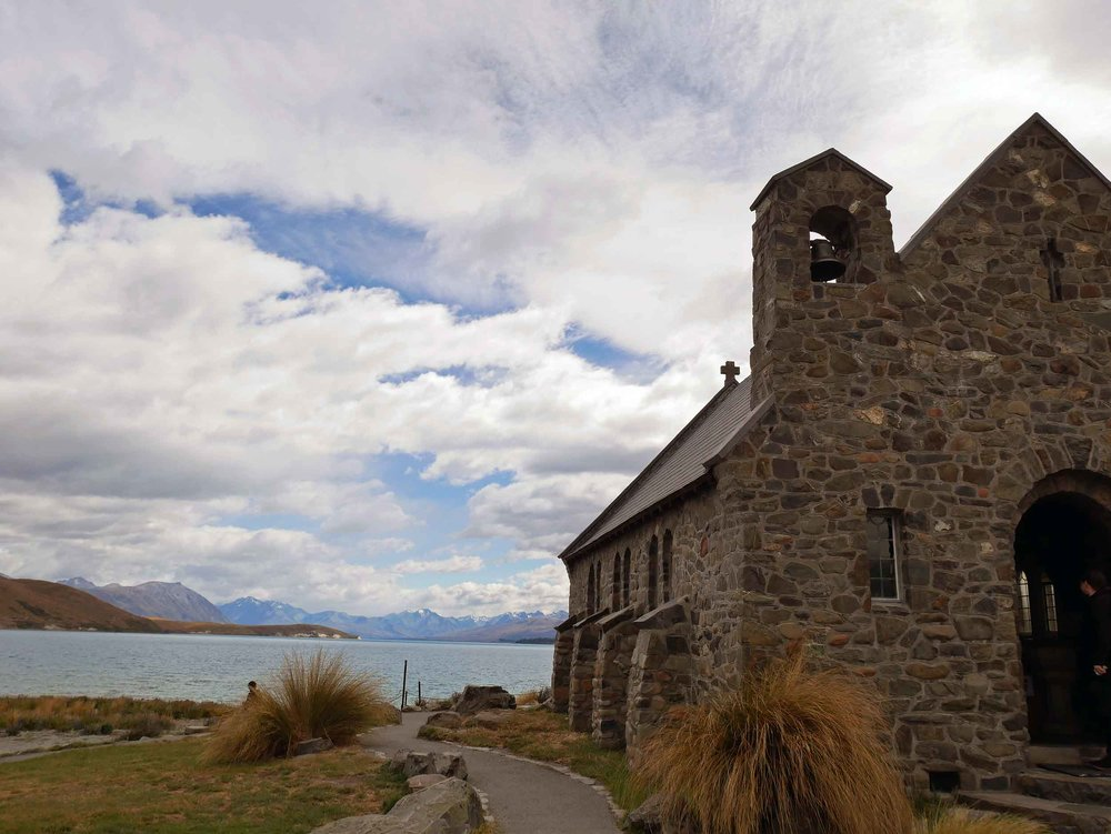 The Church of the Good Shepherd, completed in 1935, sits on the edge of Lake Tekapo and still holds regular services with stunning views of the mountains and lake from the picture window behind the alter (Jan 11).