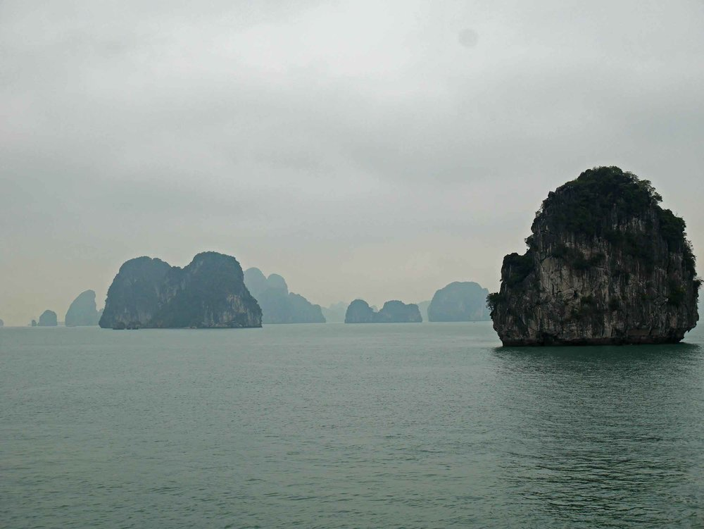 We'll be dreaming of the painting-like layers of Halong Bay's limestone mountains for many years to come (Mar 28),