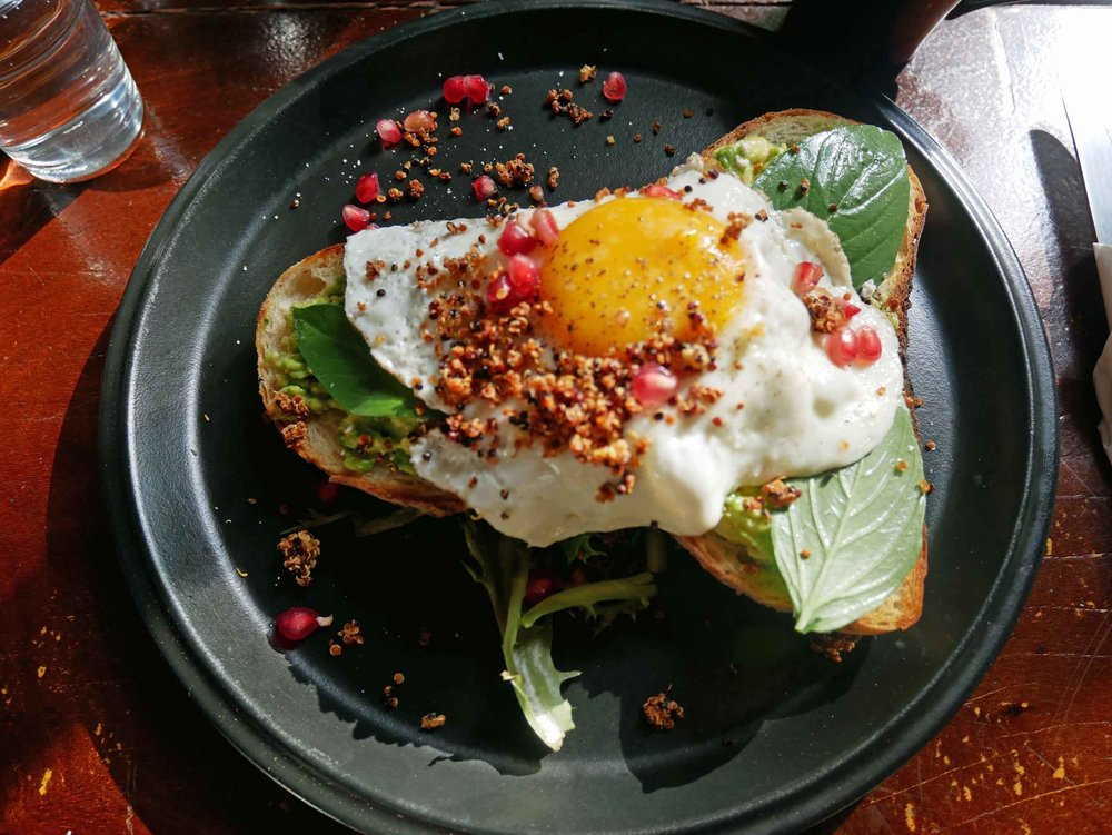 And  Avo-Toast ! After months in Southeast Asia, we felt back at home with this delicious breakfast option at VCR.