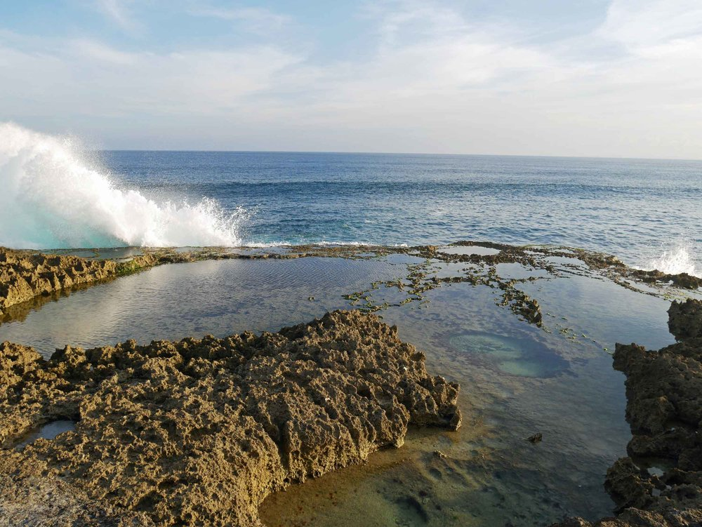 The crashing waves and tidal pools along the cliffs of Devil's Tear at the far end of the island.