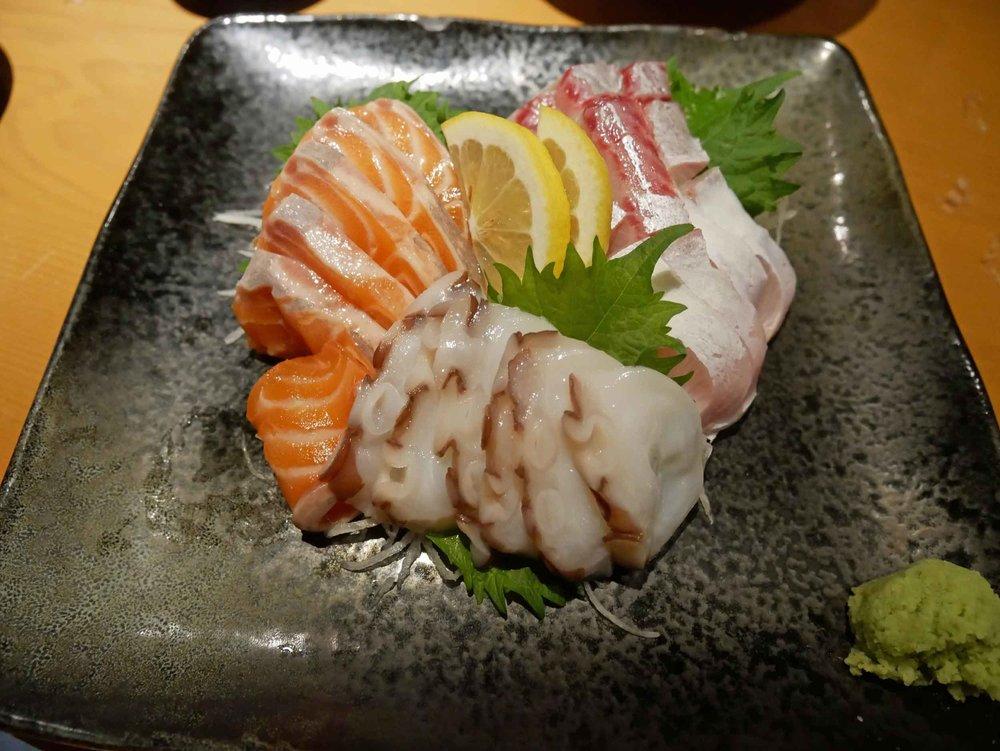 And some fresh, delicious sashimi.