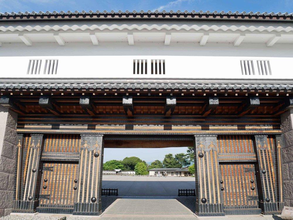 Imposing wooden gate of Kanazawa Castle.