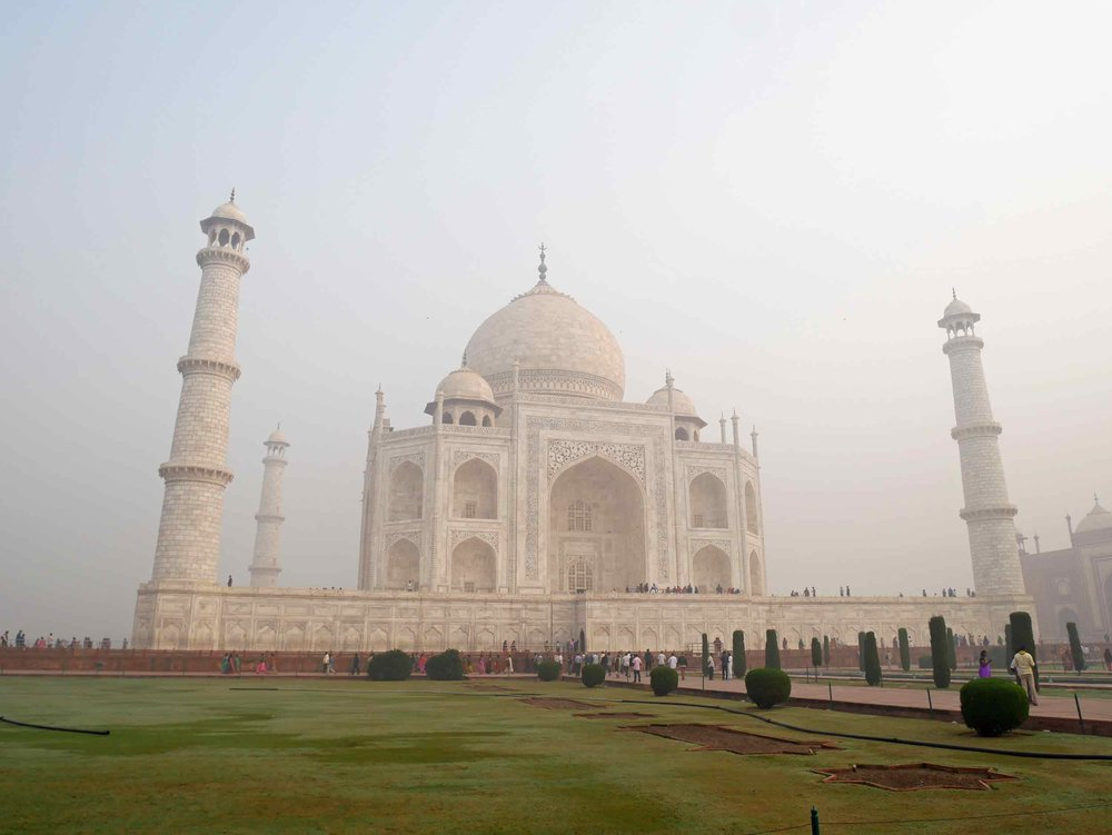 The most spectacular feature is the marble dome that tops the tomb and is nearly 35 metres (115 ft) high.