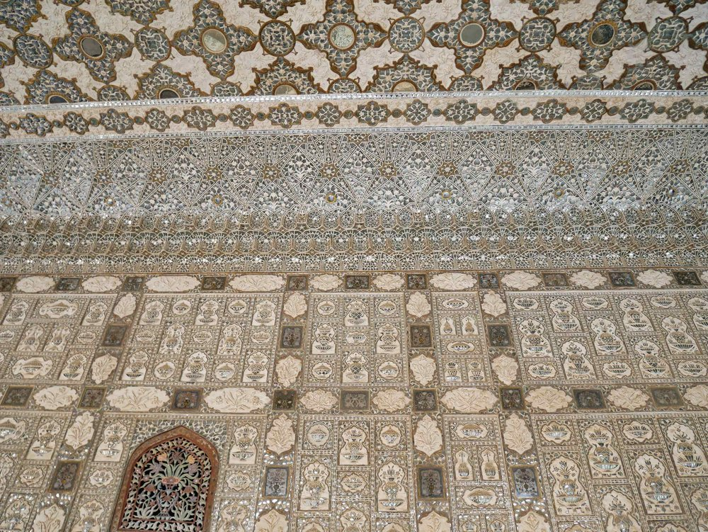 The Palace features Sheesh Mahal, or hall of mirrors, designed so that any ray of light that enters will be refracted throughout the entire hall.