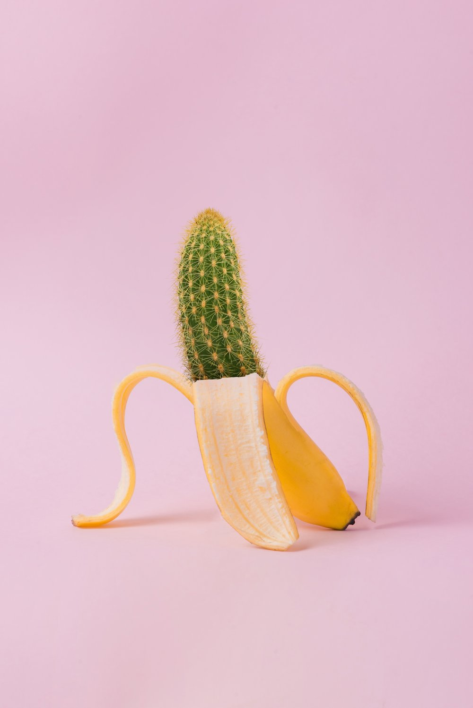artistic-banana-bright-1170831.jpg