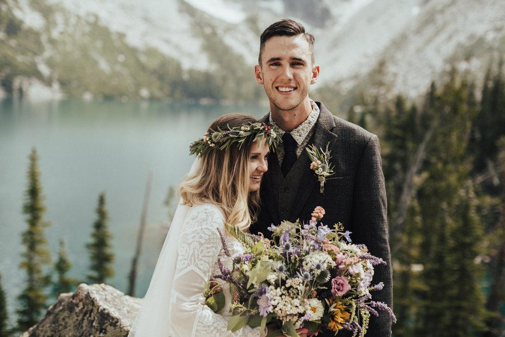 karaline_robby-colchuck-lake-elopement-washington-2018-peytoncurry-0315.jpg