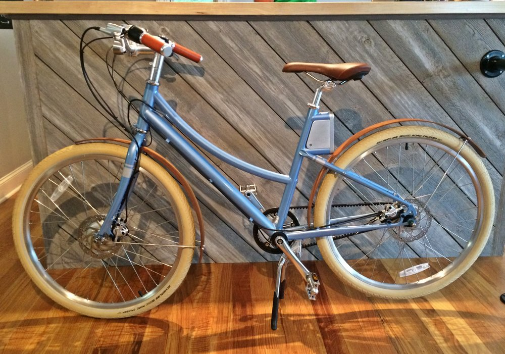 Cortland, Stingray Blue, Belt Drive, Bamboo Fenders.   Weight: 40 lbs Range: 20 miles per charge Charge Time: 2-3 hours Top Speed With Pedal Assist: 20 mph