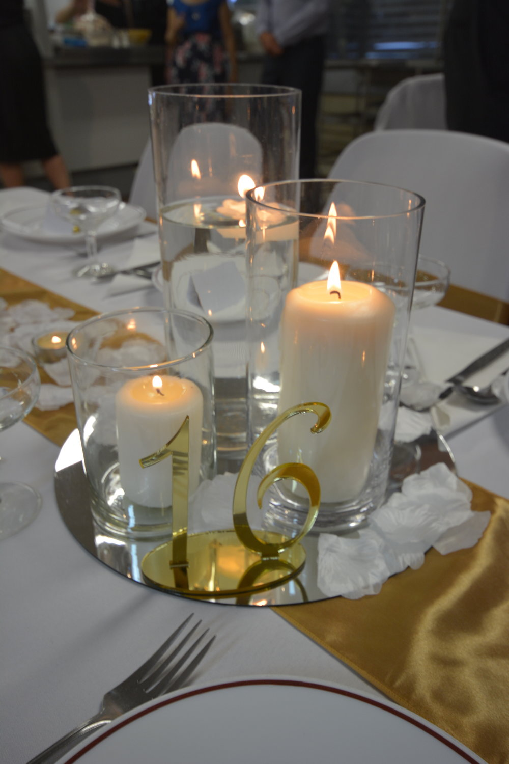 Candle centre piece