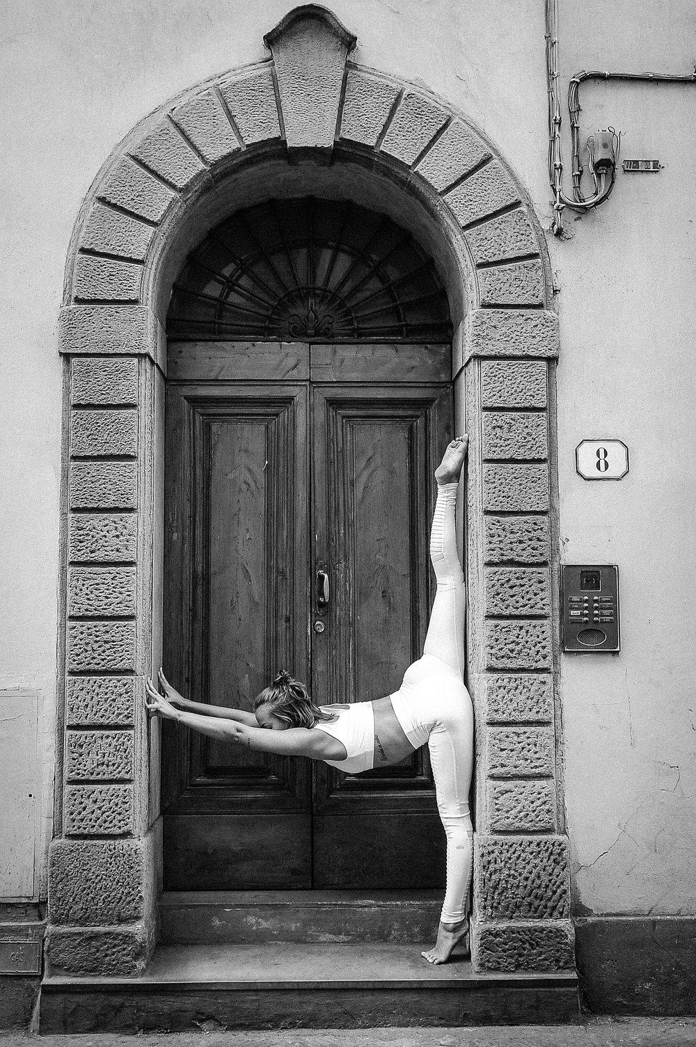 florence yoga-8983-2.jpg