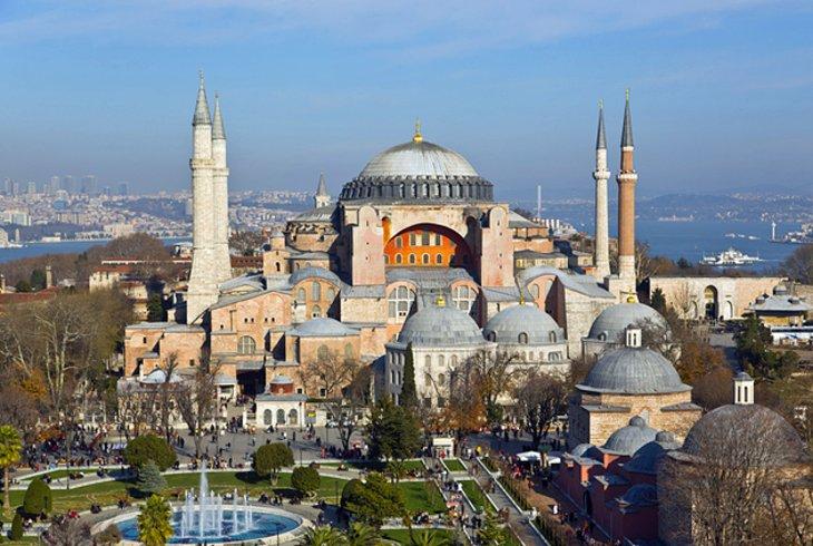 turkey-aerial-view-aya-sofya.jpg