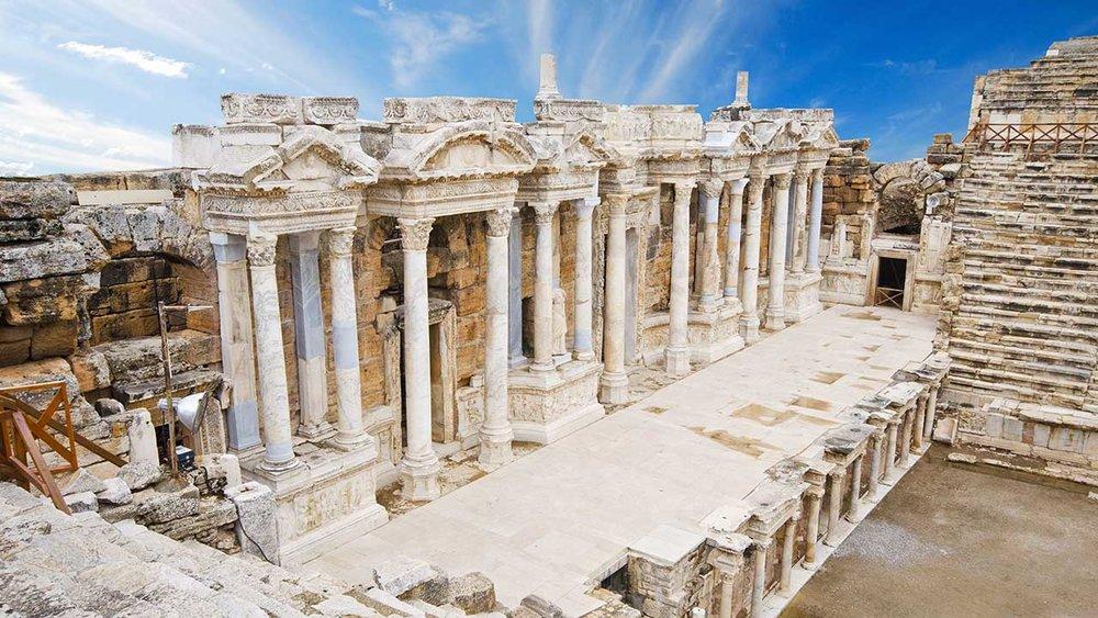 theater-hierapolis-pamukkale-turkey.jpg