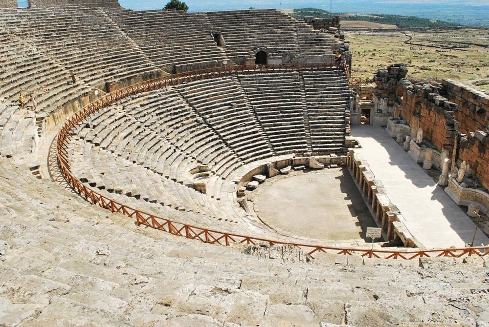 Turkey-Pamukkale-Teatro-de-Hierapolis-Ana-Raquel-S.-Hernandes-CC2.0-via-Flickr-1024-x-686.jpg