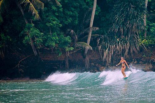 weligama-beach-surfing.jpg