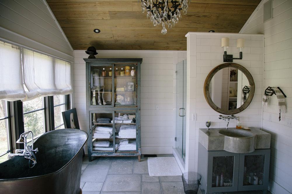 Lauren Palmer's master bathroom at her home on Bloomsbury Farm. Jordana Claudia
