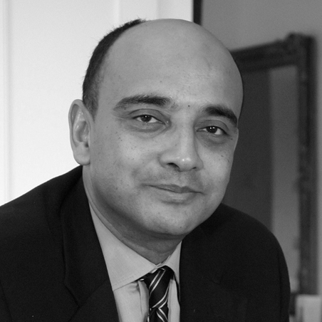 "<span style=""font-weight:bold"">Kwame A. Appiah</span></br><em>Professor</em></br>NYU Law and Philosophy"