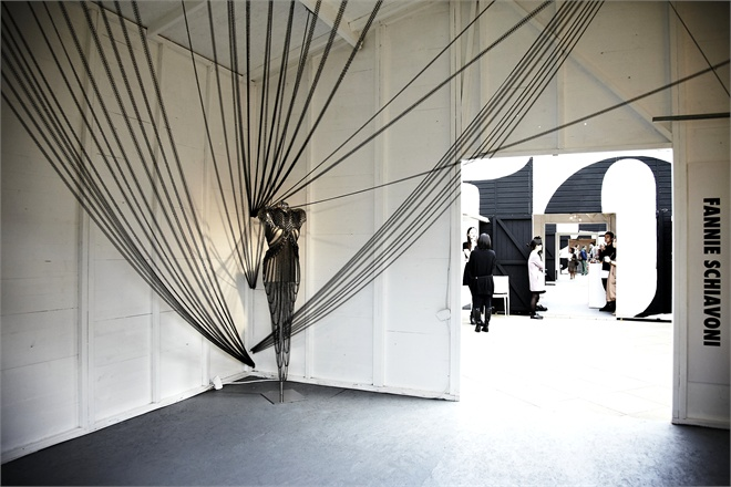 INSTALLATION LONDON FASHION WEEK -