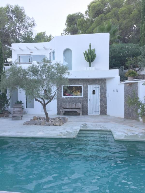Jules & Louis Blog - Ibiza Casa Supernova.jpg