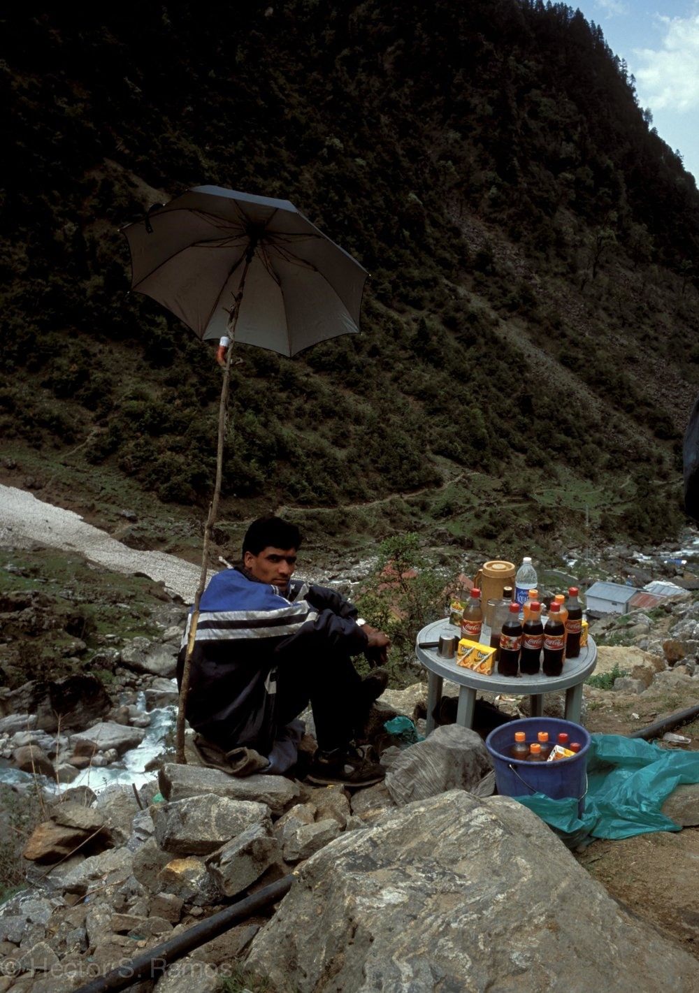 Himalayan store on the way to Kedarnath.  Photo: Leica MP, Elmarit 24mm f2.8 lens, Velvia 50.