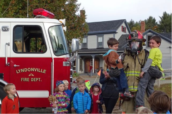 Our youngest students enjoyed a visit from the Fire Department last week, where Colleen's dad Tim Nolan is the Captain. Ben and Gabe got to experience calling for help and being rescued!