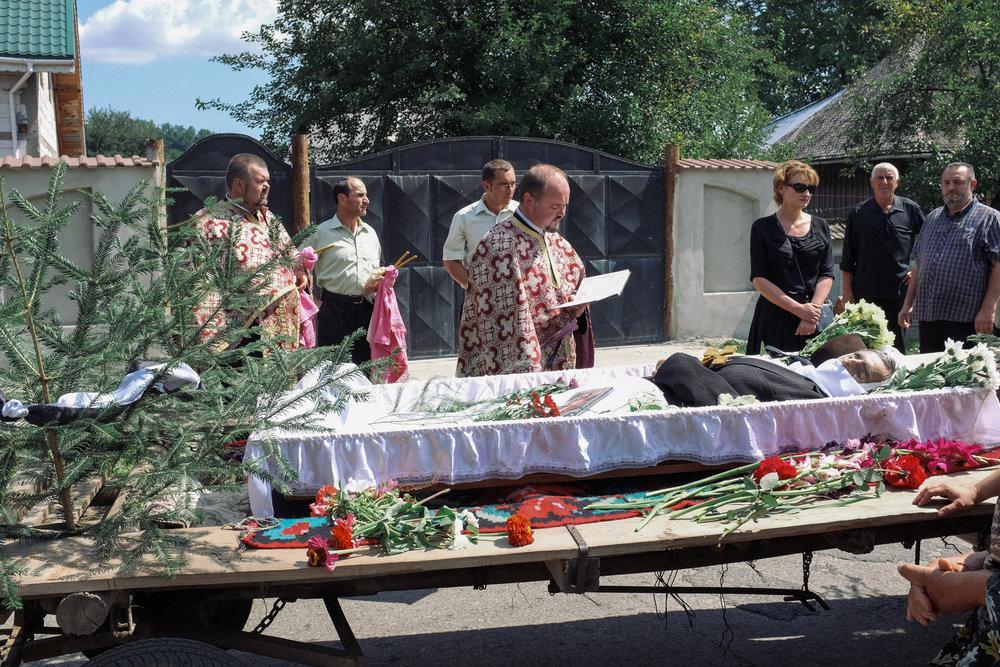 ro_funeral_low-9.jpg