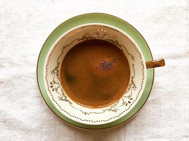 Ηow I like to start my Sunday |  All I need now, is someone to read my cup for me ☕️🔮 • #coffee #greekcoffee #ελληνικός #καφές #sunday #wakingup #breakfastofchampions #greeklife #astoria #nyc #greekgirlinnyc