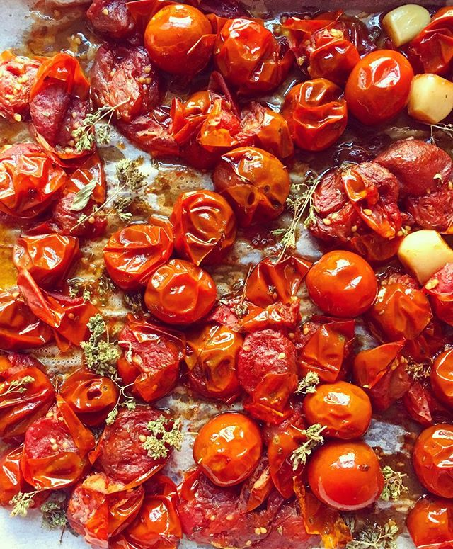 If I could live on just tomatoes, I would. 🍅 ————————————————————– When it comes to food, I often feel fear of missing out. Missing out on all the great flavors available right this second! Like the juiciness of a summer tomato. Woke up at 6 am to roast these babies, and jar them. You can use them for sauce, soup, or if you re like me, eat them alone, or on a warm piece of bread. Heaven!  #tomatoes #roastedtomatoes #summer #sauce #soup #summertomatoes #cherrytomatoes #juicy #delicious #mediterranen #greek #greekcooking #greekfood #astoria #nyc #cookwithme #greekgirlinnyc