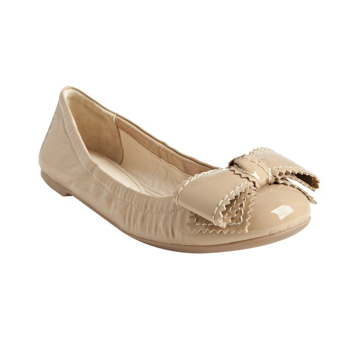 prada-nude-nude-patent-leather-bow-flats-product-1-2312665-355835366.jpg