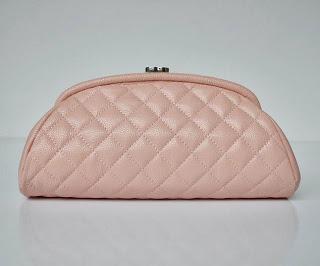 Chanel-Clutch-Bags-002.jpg