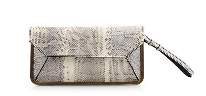 sac-pochette-prika-hugo-boss-ete-2012-832184_H184632_L.jpg