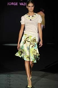 jorge-vazquez-patterned-skirt-profile.jpg