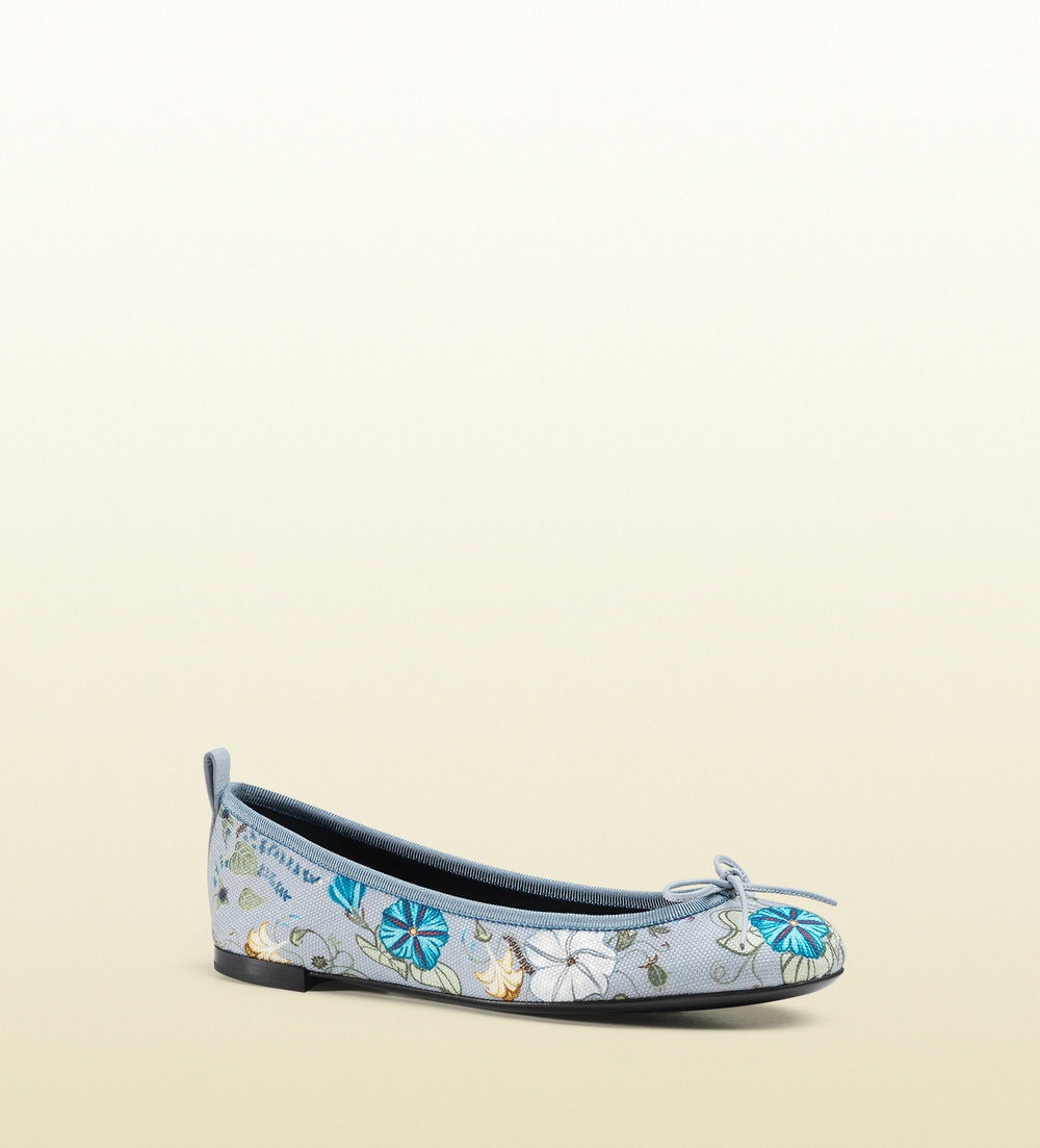 gucci-blue-flora-knight-print-canvas-ballet-flat-product-1-24836984-3-284978704-normal.jpg