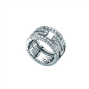 bulgari-parentesi-large-band-diamonds-ring-profile.jpg