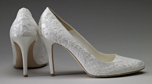 kates-wedding-shoes-wpcf_500x277.jpg