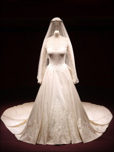 kates-wedding-dress-wpcf_376x500.jpg