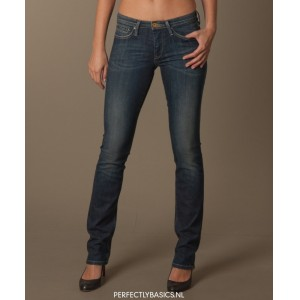 Twenty8Twelve-Straight-Jeans-01-wpcf_300x300-pad-transparent.jpg