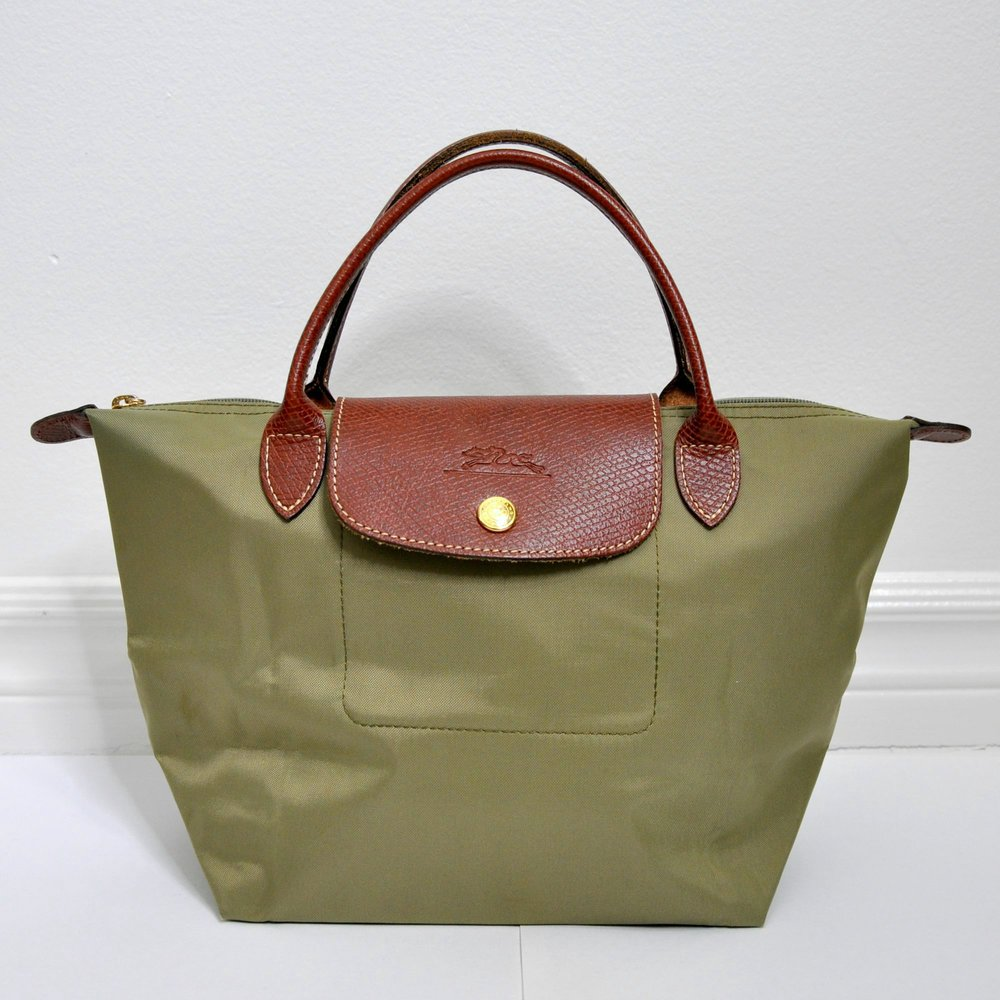 longchamp-le-pliage-small-handbag-0.jpg