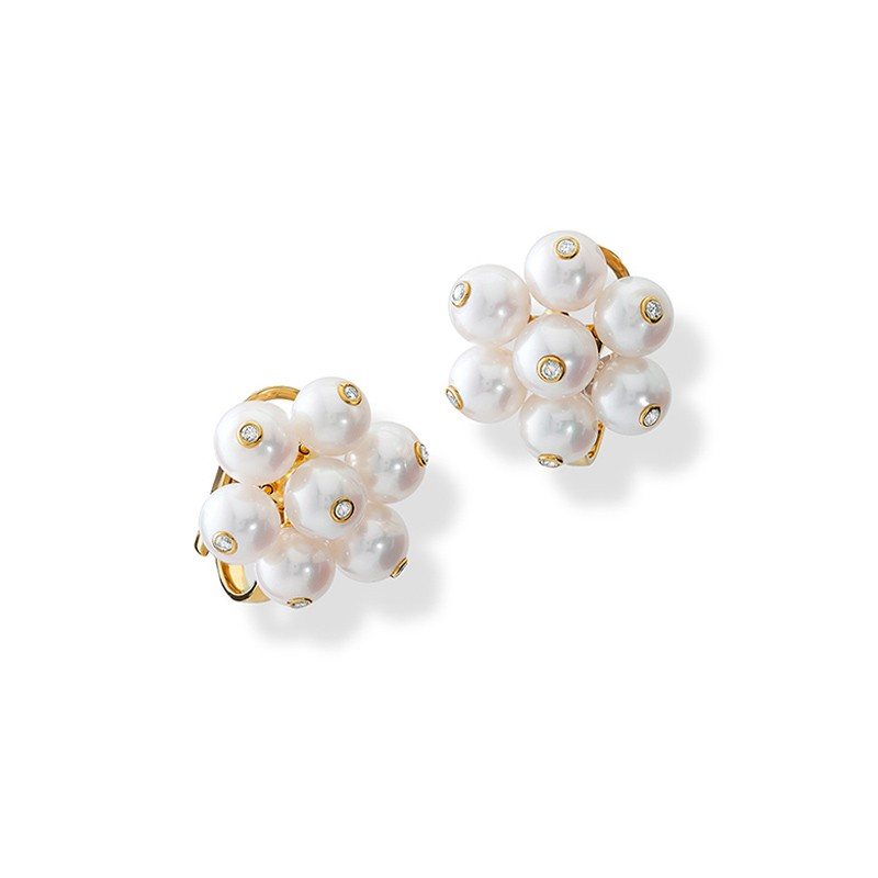 cavolfiore_pearl_and_diamond_yellow_gold_ear_studs.jpg