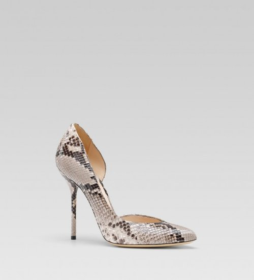 Gucci-noah-high-heel-pointed-toe-pump-python-1-580x639.jpg
