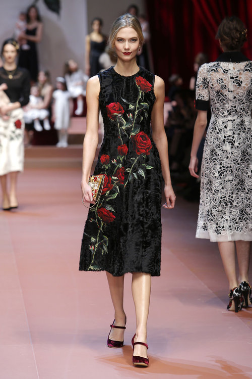 dolce-and-gabbana-winter-2016-women-fashion-show-runway-15-zoom.jpg