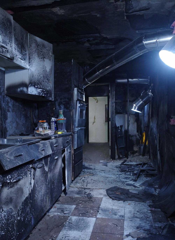 burn_out_room_018.jpg
