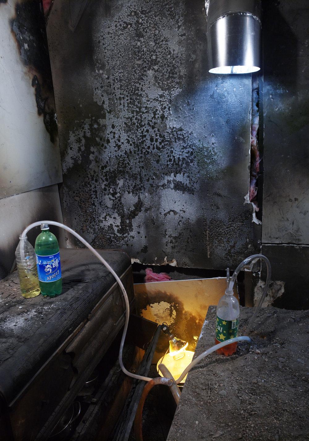 burn_out_room_038.jpg