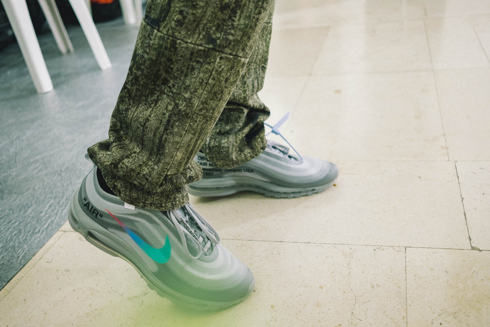 Off-White-SS19--13
