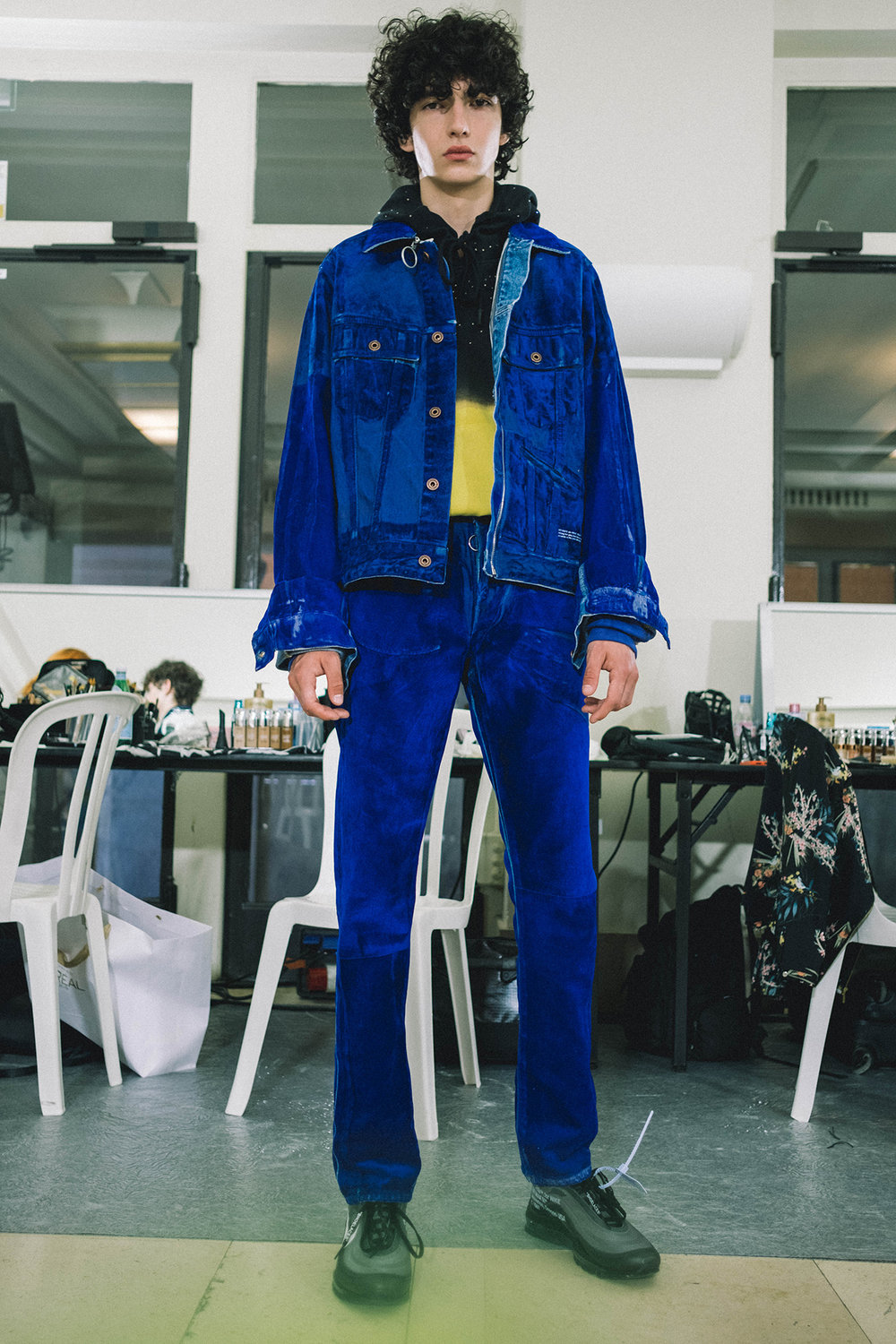 Off-White-SS19--14