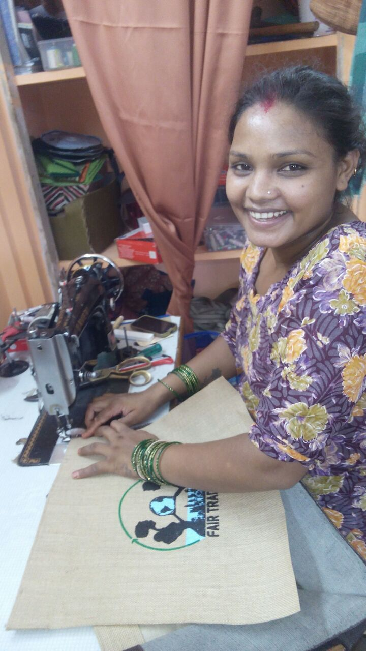 Saroj making fair trade bag